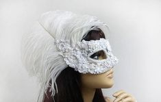 Hey, I found this really awesome Etsy listing at https://www.etsy.com/listing/586610455/white-masquerade-mask-with-ostrich