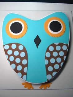 Owl birthday cake. So simple yet so effective.