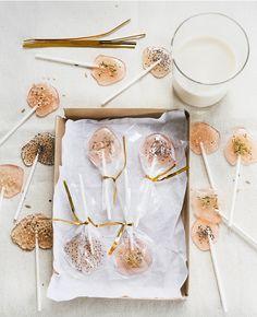 Zelf lolly's maken | Flairathome.nl #zelfmaken #diy #FlairNL | Styling: @femkepastijn | Fotografie: @danafotografie