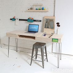 plywood desk with flip up lids and storage compartments http://www.home-dzine.co.za/