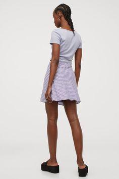 Rock in A-Linie - Helllila/Geblümt - Ladies | H&M DE 3 H M Outfits, Shirt Dress, T Shirt, Lady, Rock, Dresses, Fashion, Simple Lines, Supreme T Shirt