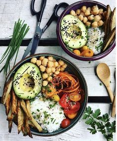Healthy recipes for dinner with kids free Healthy Foods To Eat, Healthy Dinner Recipes, Healthy Snacks, Vegan Recipes, Healthy Eating, Vegan Food, Vegan News, Happy Healthy, Vegan Dinners