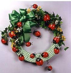 ladybug garden wreath craft
