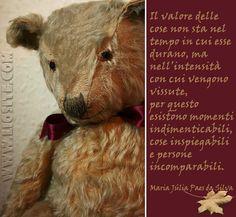 MARIA JÚLIA PAES DA SILVA - IL VALORE DELLE COSE  Una grande e semplice verità. Buon pomeriggio!  #JúliaPaesdaSilva, #valore, #intensità, #vivere, #liosite,#citazioniItaliane, #frasibelle, #sensodellavita, #ItalianQuotes,#perledisaggezza, #perledacondividere, #GraphTag,#ImmaginiParlanti, #citazionifotografiche,