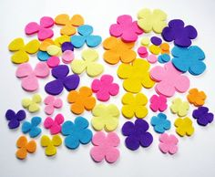 Craft Cardmaking 50 x 2cm Felt Circles Scrapbooking 10 Colours