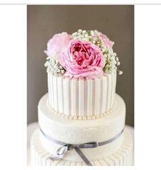 Floral & Ribbon Cake