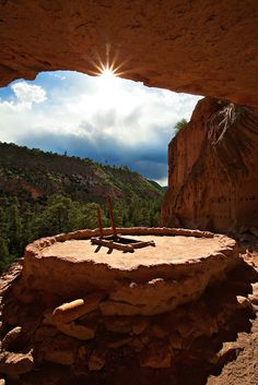 Kiva at Bandelier National Monument, New Mexico. See that Rim across the way. New Mexico Usa, Travel New Mexico, Santa Fe, The Places Youll Go, Places To See, Land Of Enchantment, All Nature, Ancient Ruins, Parcs
