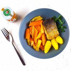 Une recette qui marie merlu, petits légumes, cidre et piment d'Espelette pour sentir l'été qui arrive, ses promesses de virée dans notre Pays Basque chéri