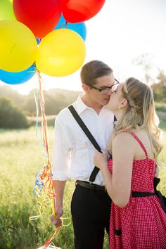 Disney Pixar's UP Inspired Engagement Session - http://fabyoubliss.com/2014/10/10/disney-pixars-up-inspired-engagement-session