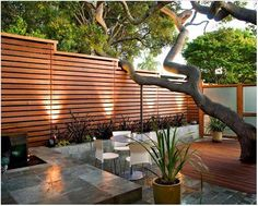 Modern Horizontal Wood Fence | Patio Privacy Wall Ideas