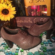 J Crew Shoes J. Crew Tie up Trouser Shoes- Sz 7- Made in Italy- Chocolate Brown- 3.5' wooden heel- Great condition- Super cute shoes. J. Crew Shoes Mules & Clogs