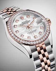 The Rolex Lady-Datejust 28. Full of grace, precision and reliability.