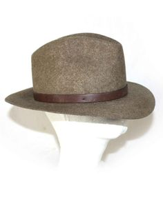 Vintage mens Fedora Deluxe Quality Felt Brown by DieVoltVintage Hat Sizes dd75762e547e