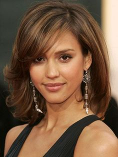 Jessica Alba brown with caramel highlights http//beautyeditor.ca/2014/
