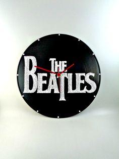 The Beatles Band Logo Vinyl Clock Hand Painted by InsaneDotting Beatles Band, The Beatles, Rock Bedroom, Record Wall, Band Logos, Wall Décor, Bead Art, Vinyl Records, Upcycle
