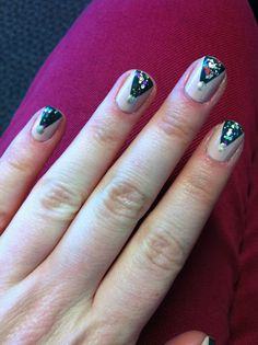 Style Diary: Christmas Nail Art check out www.MyNailPolishObsession.com for more nail art ideas.