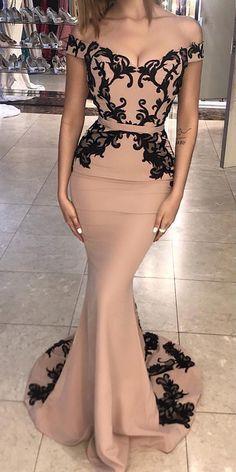 Cheap Vogue Prom Dresses 2019 Unique Mermaid Lace Off Shoulder Long Prom Dress, Lace Evening Dress Sexy Cocktail Dress Evening Dresses Uk, Prom Party Dresses, Bridesmaid Dresses, Prom Gowns, Dress Prom, Dress Formal, Formal Prom, Wedding Dresses, Elegant Evening Gowns
