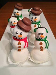 Snowman & Snowwoman Cake Pops