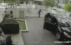 Malaysian bag snatching epic fail ...