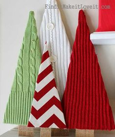 Awesome DIY Christmas Home Decorations and Homemade Holiday Decor Ideas - Quick . Awesome DIY Christmas Home Decorations and Homemade Holiday Decor Ideas - Quick and Easy Decorating ideas, cool ornaments, home decor crafts. Noel Christmas, Winter Christmas, All Things Christmas, Christmas Ornaments, Handmade Christmas, Modern Christmas, Outdoor Christmas, Christmas Lights, Cheap Christmas