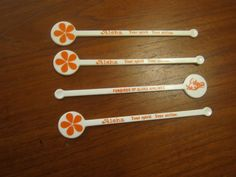 4 Aloha Airlines Swizzle Sticks Drink Stirrers 1 Funbirds of Aloha Orange & Whit
