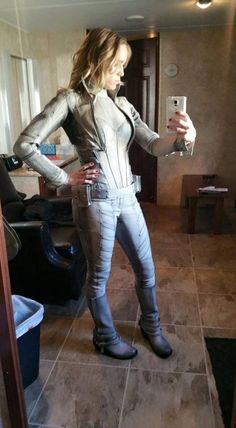 Caity Lotz as White Canary - Legends of Tomorrow BTS