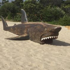 Oh the shark has pretty teeth dear / And he shows 'em pearly white #jaws #amity island #anglesea #sculpture #woodsculpture #sharks by tism152 http://ift.tt/1KosRIg