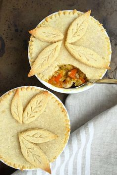 Paleo Pot Pie #healthy #dinner #recipes http://greatist.com/eat/healthy-dinner-recipes-for-two