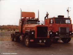 1975 Dodge Big Horn, 350 Cummins owned by an O/O leasted to Day & Ross of Hartland, NB. Photo by T. Brad Dunkin.