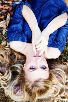 denim blouse, senior picture idea, senior girl pose