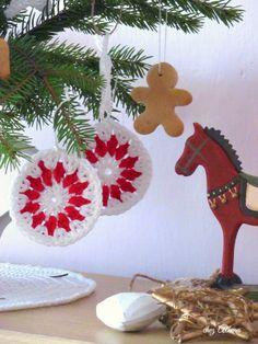 Crochet christmas decoration Crochet Christmas Decorations, Christmas Ornaments, Arm Warmers, Holiday Decor, Home Decor, Decoration Home, Room Decor, Christmas Jewelry, Christmas Decorations