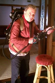 William Shatner isn't on enough TV shows so here's one more: REAL GHOSTBUSTERS lol ^_^ I wish!