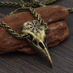 Viking Helm of Awe Odin Raven skull Pendant Raven Skull, Bird Skull, Deer Skulls, Animal Skulls, Viking Bracelet, Viking Jewelry, Ancient Jewelry, Viking Arm Rings, Vikings