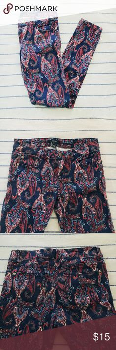 F21 Paisley Jeans These pants are so unique and perfect colors for summer/July. They fit true to size and are the perfect skinny fit. Good condition, no stains or rips. Let me know if you have any questions! Forever 21 Pants Skinny