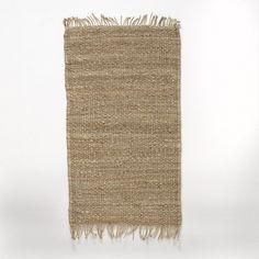 La descente de lit en jute Ajan. Optez pour la tendance 100% naturelle de la descente de lit Ajan et donnez du cachet à votre intérieur.Caractéristiques de la descente de lit Ajan :100% jute coloris naturel.Finition frangée.Retrouvez le tapis Ajan assorti ainsi que d'autres tapis sur laredoute.fr.Dimensions de la descente de lit Ajan :Largeur : 60 cmLongueur : 110 cm