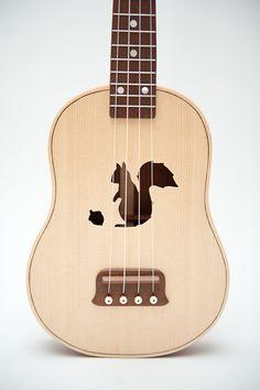 Hey, j'ai trouvé ce super article sur Etsy, chez https://www.etsy.com/fr/listing/112820191/ukulele-rosace-personnalisable-de-choix