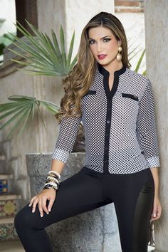 Luxe Fashion New Trends - Fashion for JoJo - Luxe Casual Style, Latest Fashion Trends Casual Chic, Casual Wear, Casual Outfits, Beautiful Blouses, Beautiful Outfits, Modest Fashion, Fashion Outfits, Fashion Trends, Jackets Fashion