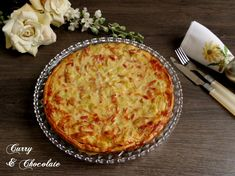 Quiche with bacon, leek and caramelized onion