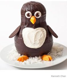 Penguin Birthday Cake Design     How to make a penguin birthday cake with chocolate frosting and circus peanuts