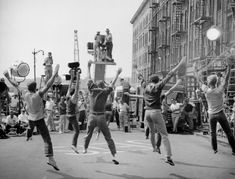 On the set of West Side Story, Jerome Robbins & Robert Wise (1960/61)