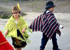 Desde niños bailan sus bailes tradicionales