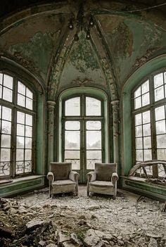 abandonedography:  Comfort in decay by odin's raven