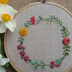 Floral Garland Hand Embroidered Hoop Art, 5 in hoop / Lily, Coreopsis, Tea Rose, Dahlia, Tweedia, Clematis, African Daisy / Hand Embroidery