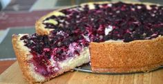 Curd cake with berries. Biscuit Cake, Desert Recipes, Biscuits, Berries, Cheesecake, Food And Drink, Cooking Recipes, Yummy Food, Sweets