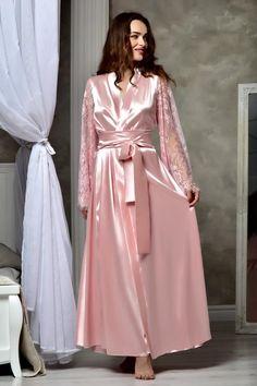 Long bridal robe Long white robe Wedding kimono Long lace bridal robe Kimono robe Maxi robe Bride robe Bridal kimono Bridal gown dressing – – Best Of Likes Share Lace Bridal Robe, Wedding Lingerie, Bridal Gowns, Blush Bridal, Wedding Underwear, Kimono Dressing Gown, Wedding Kimono, Lace Wedding, Lace Kimono