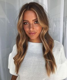 10 Biggest Spring/Summer 2020 Hair Color Trends You'll See Everywhere Front Hair Styles, Hair Front, Hair Game, Light Hair, Hair Highlights, Front Highlights, Balayage Hair, Gorgeous Hair, Beautiful