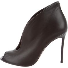Pre-owned Gianvito Rossi Leather Peep-Toe Booties (4 185 ZAR) ❤ liked on Polyvore featuring shoes, boots, ankle booties, black, black booties, black boots, genuine leather boots, black leather booties and peep toe booties