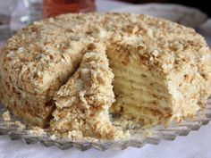 """Cake """"Minute"""" without baking Ingredients: For cake: 3 tbsp. 1 Bank of condensed milk; of baking soda (to repay vinegar). Russian Cakes, Russian Desserts, Russian Recipes, Cheesecake Recipes, Dessert Recipes, Easy Cake Decorating, Food Cakes, Baking Cakes, Yummy Cakes"""