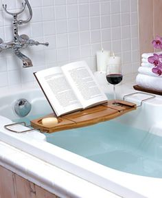 I would totally do this if I didn't think that my natur would make me lose the book to the water.