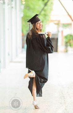 Senior cap and gown picture #3